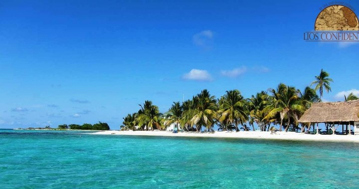 Beautiful clear water beach in Belize with a small property