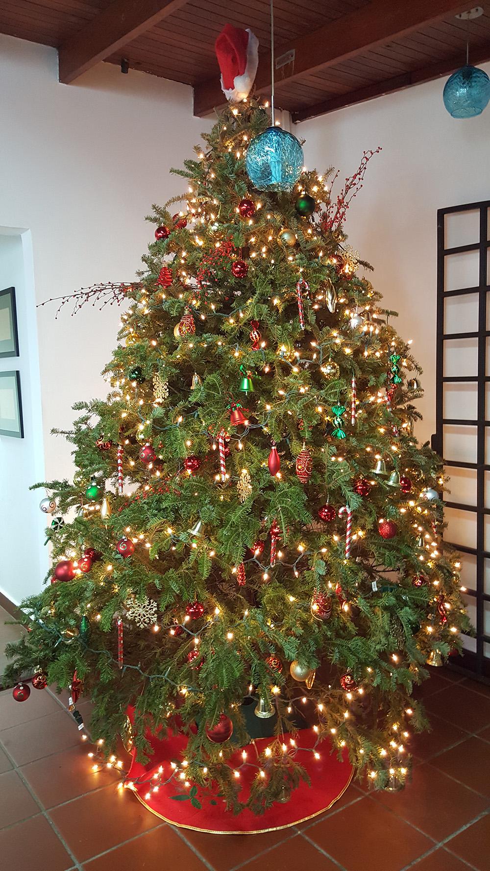 LIOS Christmas Tree