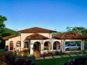 house at los islotes