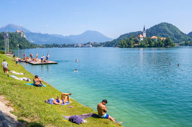 comparing bled and Annecy