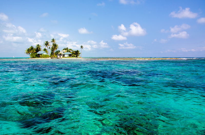 Caye Marine Reserve in the near of the southwater caye, Belize.